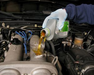Mineral-Based Oils Versus Synthetic Motor Oils: What's The Best Option